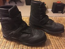 Icon motorcycle boots in Camp Lejeune, North Carolina