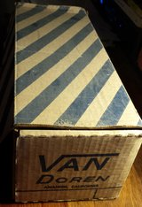 REDUCED Vintage Van Doren shoe box in 29 Palms, California