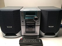 Philips MC118 CD Micro Sound System w/ Digital CD/ Cassette/ Tuner and Remote in Fort Benning, Georgia