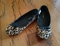 Girls Cheetah Dress Shoes, Size 1 in Fort Campbell, Kentucky