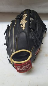 """Rawlings Pro Design Gloves 11"""" in Spring, Texas"""