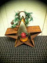 GOLD RUSTED STAR in St. Charles, Illinois