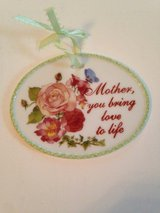 Mother's Day Gift in Bolingbrook, Illinois