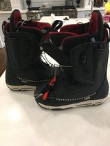 Burton snowboard boots-girls 6 1/2- brand new in Bolingbrook, Illinois