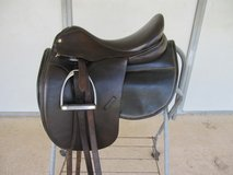 Collegiate Dressage saddle, fittings,  show pad & Folding Stand in Conroe, Texas