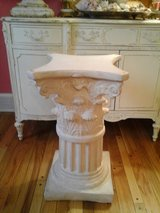 Heavy column table base and glass top in Naperville, Illinois