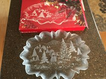 Mikasa Christmas/Holiday large platter in Bolingbrook, Illinois