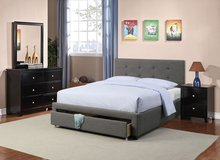 GREY TUFTED QUEEN BED FRAME FREE DELIVERY in Camp Pendleton, California