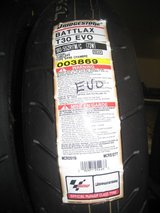 Bridgestone T30 EVO Rear Tire 180/55-17 in Camp Pendleton, California