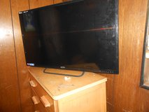 Broken 40 inch Plasma SMart Ready Tv For Parts Or to Fix Up Apex Brand in Fort Bragg, North Carolina