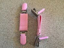 NEW!  Pink Mitten Clips in Bolingbrook, Illinois