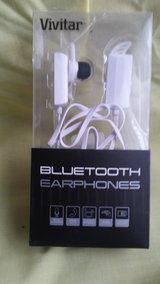 ear buds in Fort Campbell, Kentucky