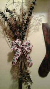 Antique Rug Beater Wreath Converted Into Hanging Wall display NEW  By Crafter in Naperville, Illinois