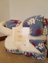 New Sherpa Blanket REDUCED! in Aurora, Illinois