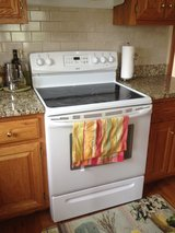 Kenmore Electric Cooking Range in Glendale Heights, Illinois