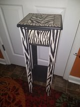 Pier 1 / Wood Zebra Table in Fort Campbell, Kentucky