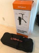 Roland Pro Folding Keyboard Stand and carry case in Okinawa, Japan