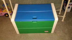 Little Tikes toy chest in Tinley Park, Illinois