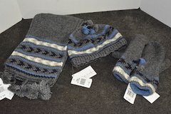 Scarf, Hat and Mittens set in Bolingbrook, Illinois