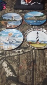 plates in Camp Lejeune, North Carolina