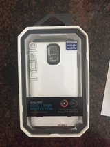 NEW Incipio Dualpro For Gs5 Gray/white case in Baytown, Texas