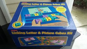 linking letter and word cubes in Camp Lejeune, North Carolina