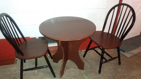 Table and 3 chairs in Fort Riley, Kansas