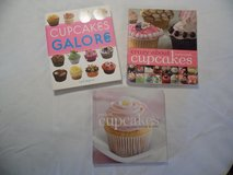 3 Cupcake Cookbooks in Hopkinsville, Kentucky