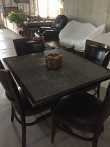 Sq table 4chairs in Oswego, Illinois