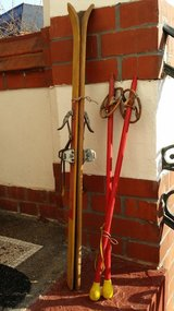 Made in Switzerland children's skis with poles in Ramstein, Germany