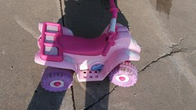 Battery operated ready to ride no charger in Fort Riley, Kansas