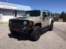 2006 Hummer H3 4x4 in Camp Lejeune, North Carolina