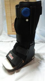 Womens Stabilizing Boot in Plainfield, Illinois