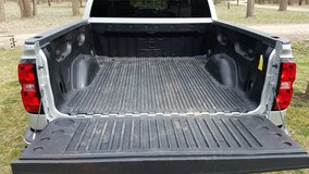 Chevy bed liner in Naperville, Illinois