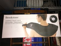 Brookstone Heated Neck and Shoulder Massager Deep Relief Like New in Camp Lejeune, North Carolina
