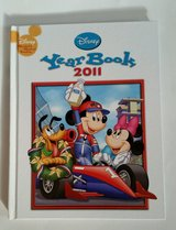 Disney Year Book 2011 Hard Cover Wonderful World of Reading in Morris, Illinois