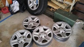 Jeep rims and spare tire (originally from '08 Wrangler) in MacDill AFB, FL