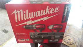 Milwaukee  impact  drill kit in Macon, Georgia