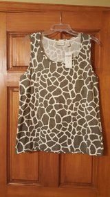 NEW Chico's sleeveless speckled top Size 3 in Aurora, Illinois