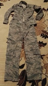 ABU,jacket  and pants (34R-36R) in Ramstein, Germany