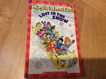 "Two books for kids ""Arthur's lost puppy""&""Magic School Bus Lost in the snow"" in Glendale Heights, Illinois"