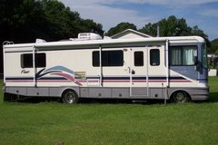 1997 Chevy P30 RV FLEETWOOD FLAIR 32 FEET  GAS OPERATED 454 CHEVROLET MOTOR in Camp Lejeune, North Carolina
