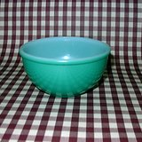 HTF VTG FIRE KING OVENWARE GREEN FIRED-ON MIXING BOWL in Aurora, Illinois