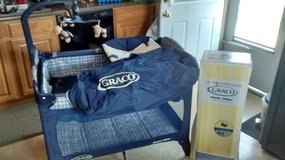 Graco pack-n-play in St. Charles, Illinois