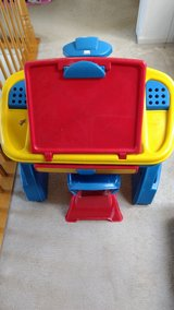 REDUCED**Children's Art Desk with chair in Bolingbrook, Illinois