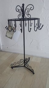 New!  Beautiful Jewelry Stand/Display in Naperville, Illinois