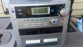 Stereo  (No speakers) in Fort Riley, Kansas