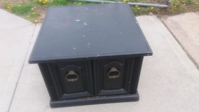 """Large end table 27.5x27.5 20"""" tall in Fort Riley, Kansas"""
