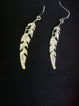 Feather earrings NEW- CREDIT CARDS ACCEPTED!!! in Bolingbrook, Illinois