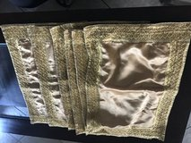 6 placemat gold color in Fairfield, California